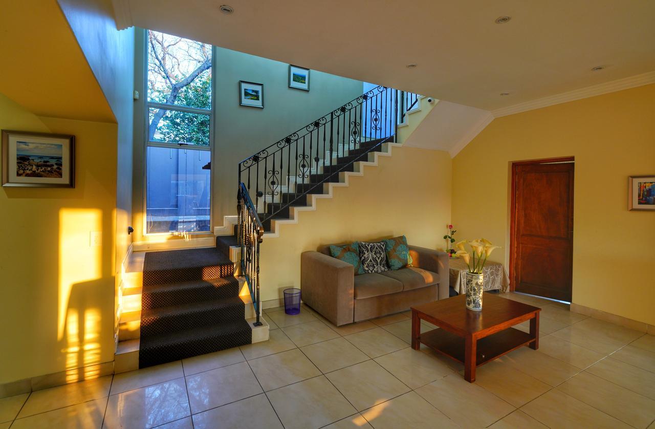 Villa Romantica - Rivonia Johannesburg